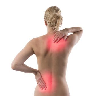 Nafukovací matrace může způsobit bolest zad